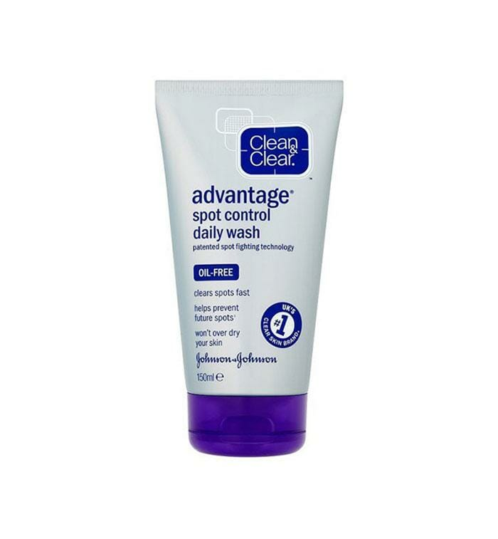 Clean & Clear Advantage Cleansing Wash 150ml Best Face Wash in Pakistan